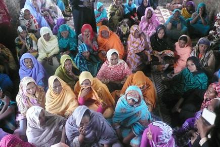 Le donne riunite per le attivita' di sensibilizzazione
